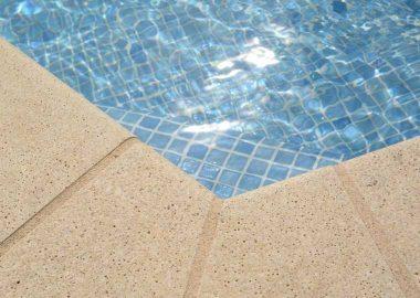 specialiste-carrelage-piscine